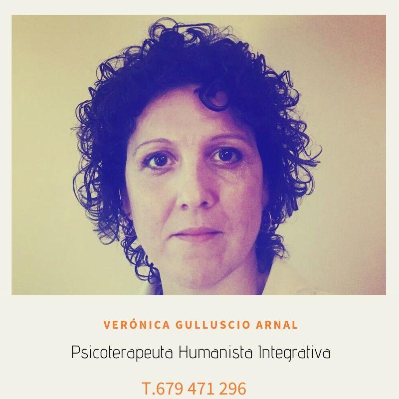 Verónica Gulluscio Arnal – Psicoterapeuta Humanista Integrativa